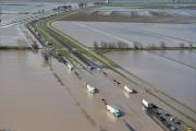 Смертоносное наводнение в Южной Калифорнии: фотоотчет